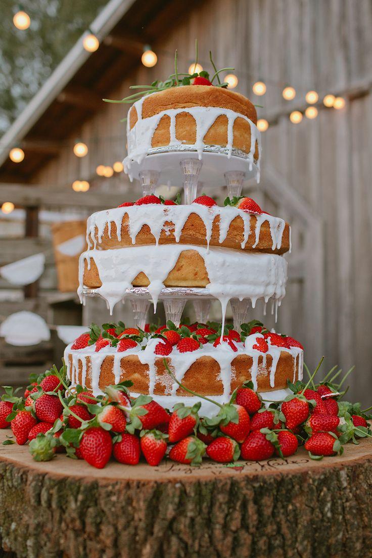 Naked wedding cake for summer wedding | itakeyou.co.uk
