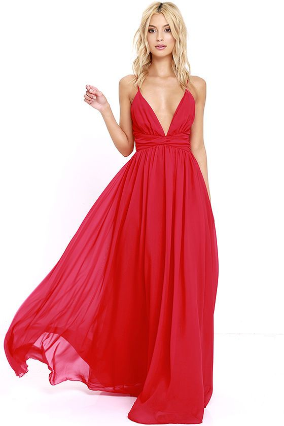 The magical effect of the Evening Dream Red Maxi Dress is undeniable! Adjustable spaghetti straps support a woven triangle bodice with gathered detail, bit of elastic at back, and tying sash at the waist. Full maxi skirt is lined with a layer of organza for added drama. Hidden back zipper with clasp.