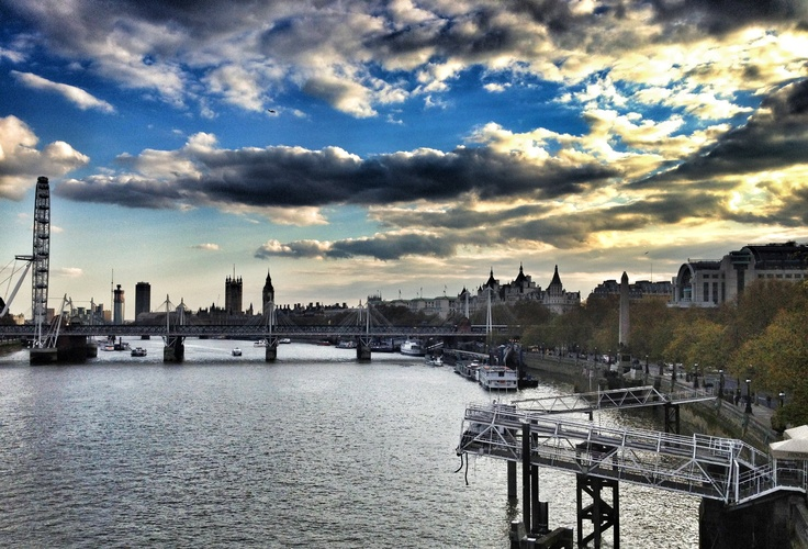 London Town.  Photo by http://www.facebook.com/emmanuel.makris