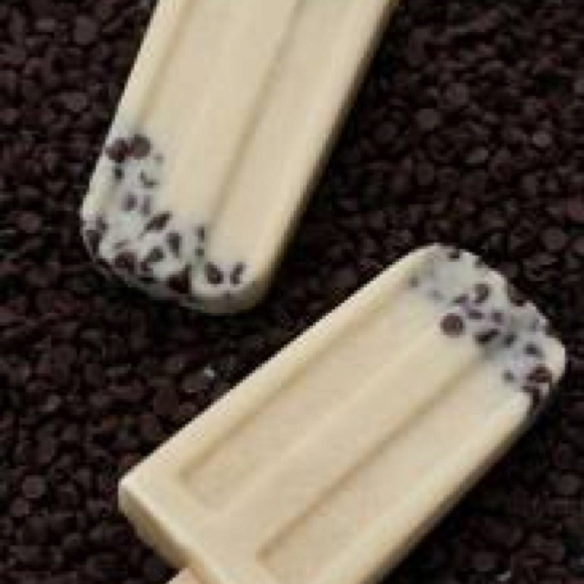 Cookie dough Popsicles