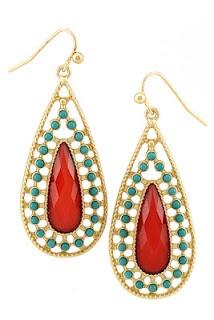 Great teardrop earrings!