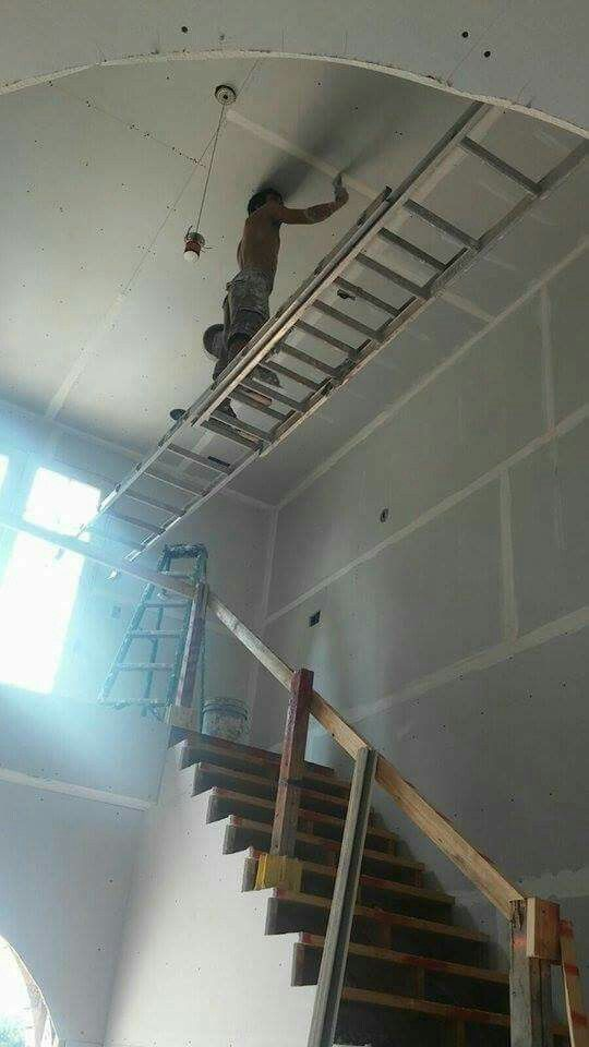 How to NOT use a ladder #LADDERFAIL