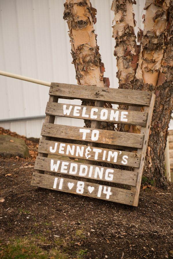 LOVE this welcome wedding sign! /  Menning Photographic See more on http://www.rusticfolkweddings.com/2015/04/14/rustic-barn-wedding/