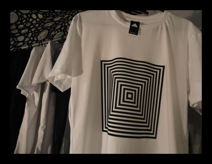Less is more Geometric Tees Black & White Collection