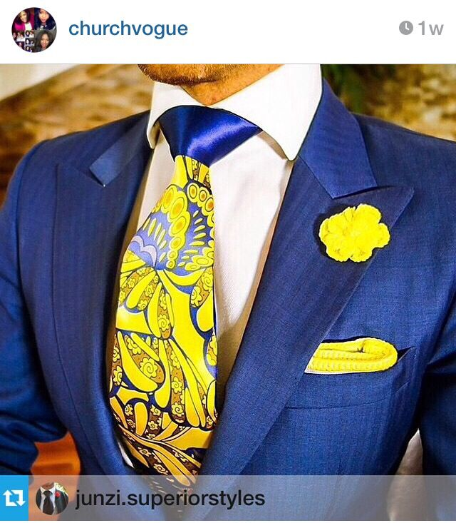 Like the tie combination and the pocket sqaure