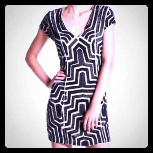 Parker NY Black and white beaded Serena dress Beautiful deco pattern black and white beaded dress from Parker NY. V-neck, sheath silhouette made from 100% silk. Size 0. Originally retailed for $638! Huge deal! Parker NY Dresses