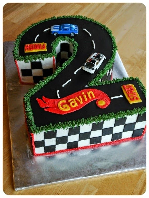 Hot Wheels Racing League: Hot Wheels Birthday Party Cakes - 2 year old hot wheels cake. #hotwheels #cakes