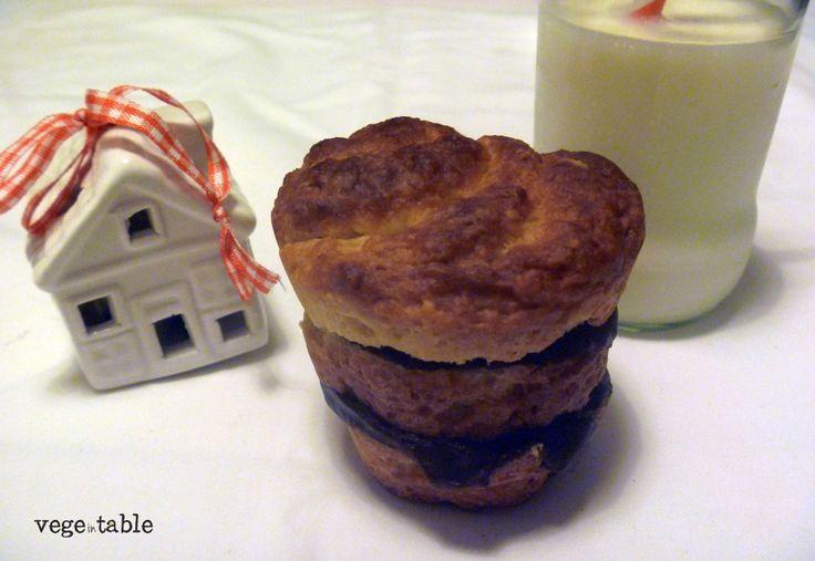 vegeintable: Morning Sweet Bread (with Dark Chocolate Stuffing)