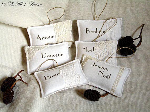 Noël lot de 6 coussinets blancs pour décoration par AuFildAntan, €21.00