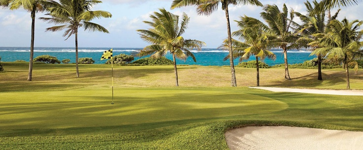 Complimentary green fees and beautiful views for guests at our Mauritius resort.
