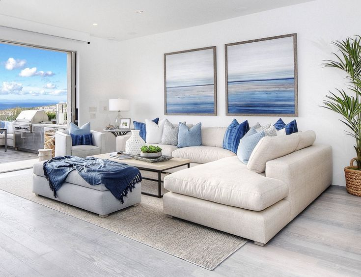 Beachfront Marine Interior Design Unique Living Room Decor Huge Windows W Decoraciondesala Blue And White Living Room Blue Living Room Beach Living Room