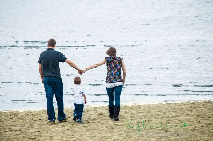 Family Day at the Beach, tons of Fun! Katherine Photography