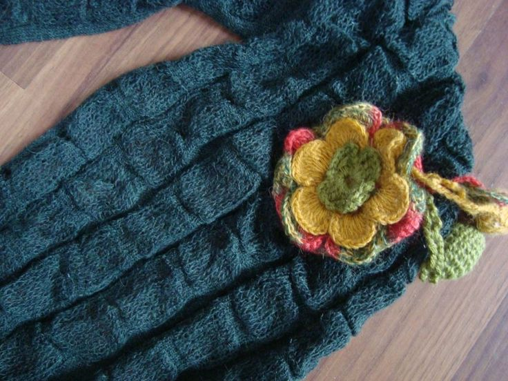 Alpaca Bubble Knit Circle Scarf with flower pin www.knitsandmore.com