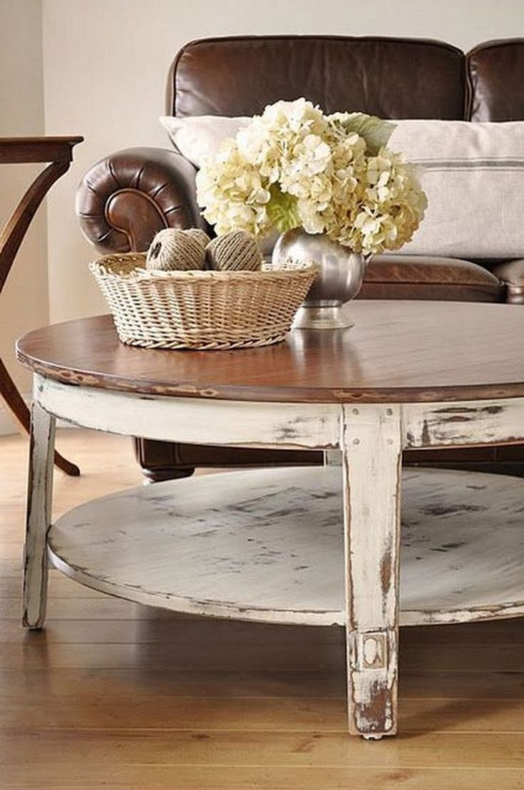10 Chunky Farmhouse Coffee Table Models To Complete Your Minimalist Room Coffee Table Farmhouse Coffee Table Round Coffee Table [ 1108 x 735 Pixel ]