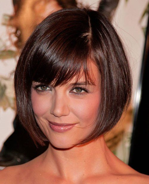 HOW TO STYLE BOB SHORT HAIRSTYLE FOR ROUND FACES  To begin styling this cute sho…