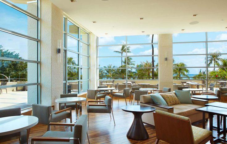 Hyatt Regency Waikiki Beach Resort & Spa - lobby