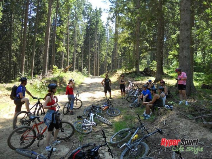 O tura de biciclete alaturi de prietenii de la Hypersport.ro