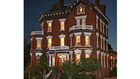 Haunted Hotels: Kehoe House, Savannah, GA