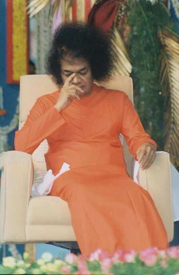 I will not allow my devotees to come to harm - Sathya Sai Baba