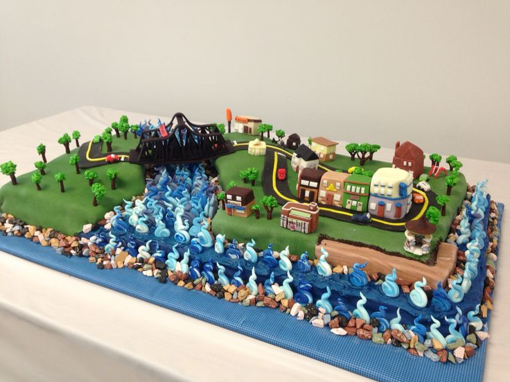 Replica cake of Little Current