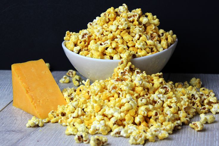 Easy Homemade Cheddar Cheese Popcorn! Just like the kind you buy in tins at Christmas!