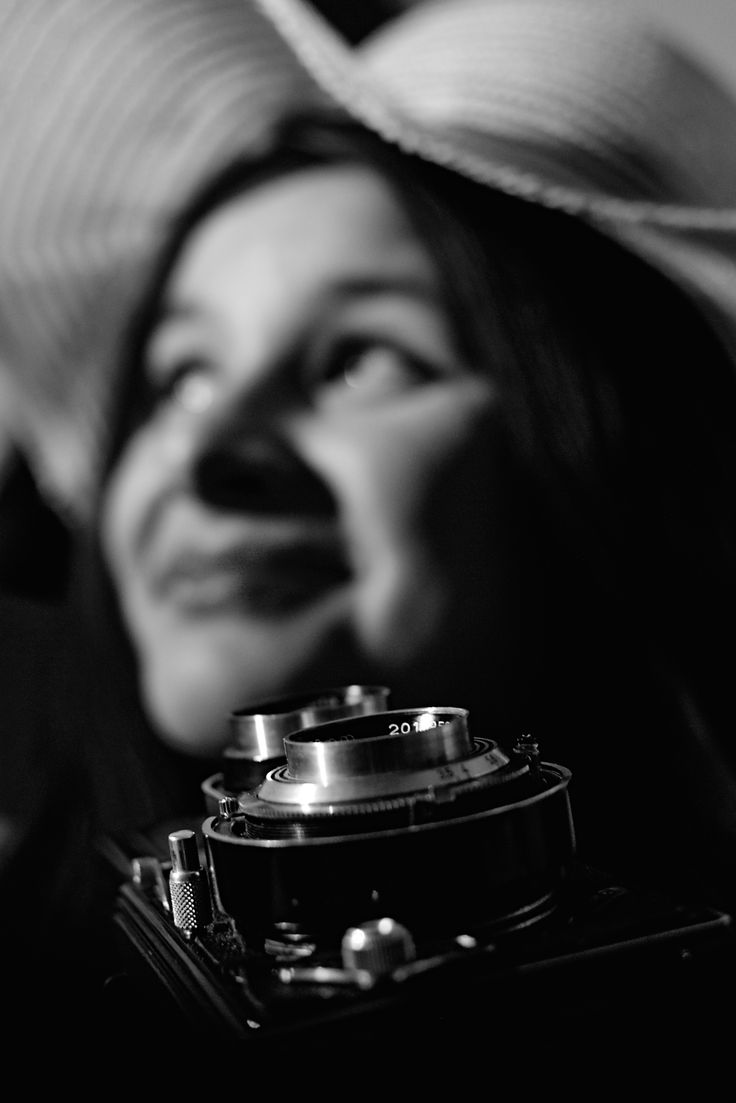 Woman and flexaret by Hubert Müller on 500px