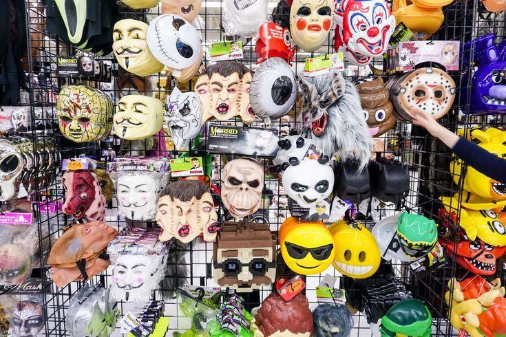 Halloween 2 2020 Review Halloween Alley Westfield Knox in 2020 | Halloween, 2. september