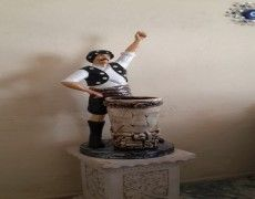 Aydin Efe Statue