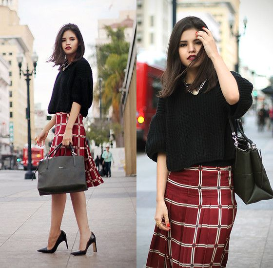 Oasap Crop Knit Sweater, Zara Skirt, Coach The Borough Bag, Coach Samie Heels