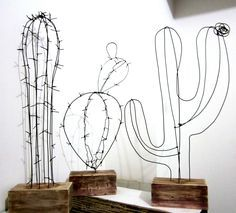 DIY wire Cactuses for home. Wire decor. Wooden stands (THESE WOULD BE PRETTY WITH TINY STARRY STRING LIGHTS)...