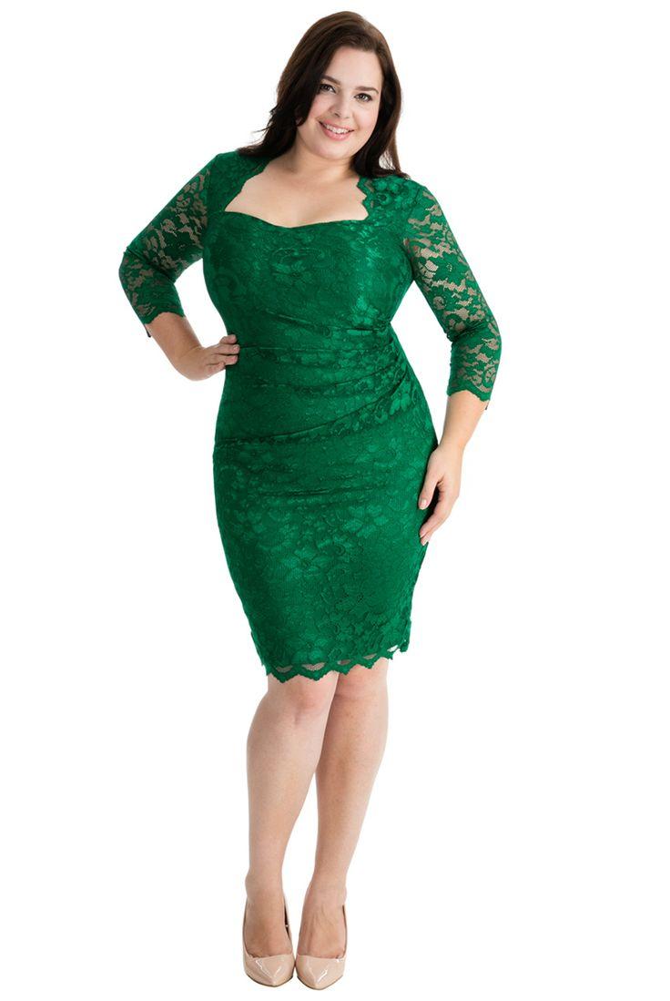 Klänning i smaragdgrön spets