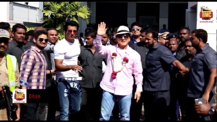 Superstar Jackie Chan arrives at Mumbai Airport in style #Bollywood #Movies #TIMC #TheIndianMovieChannel #Celebrity #Actor #Actress #Magazine #BollywoodNews #video #indianactress #Fashion #Lifestyle #Gallery #celebrities #BollywoodCouple #BollywoodUpdates #BollywoodActress #BollywoodActor #News