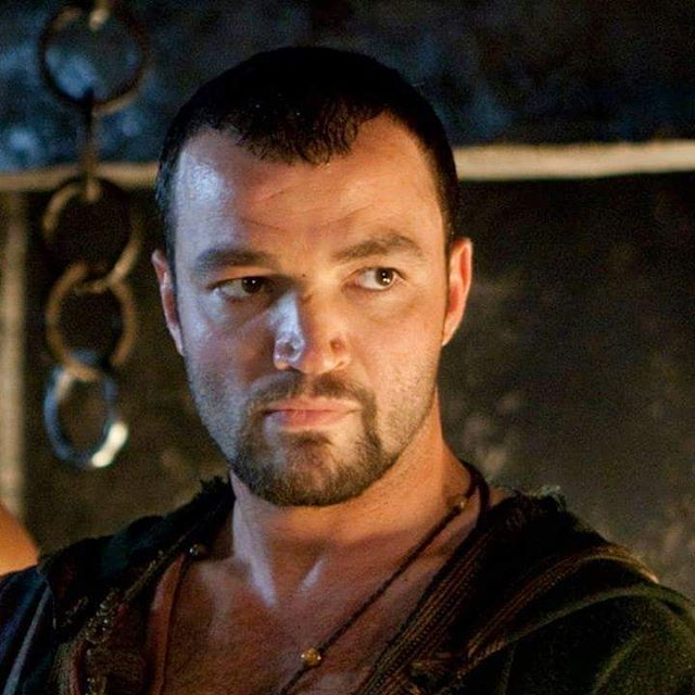 Every beam, every stone in this fucking house bears the mark of Ashur !  Enjoy the #SpartacusMarathon