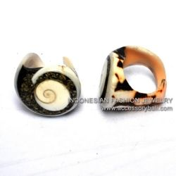 Shellfishrings,#THANKSZAYNFORMAKINGYOURIGPUBLIC,#MentionThePersonThatYouLoveOnTwitter,#toomanyimmigrants,#WholesaleJewelry,#RIngWood,#FashionJewelry