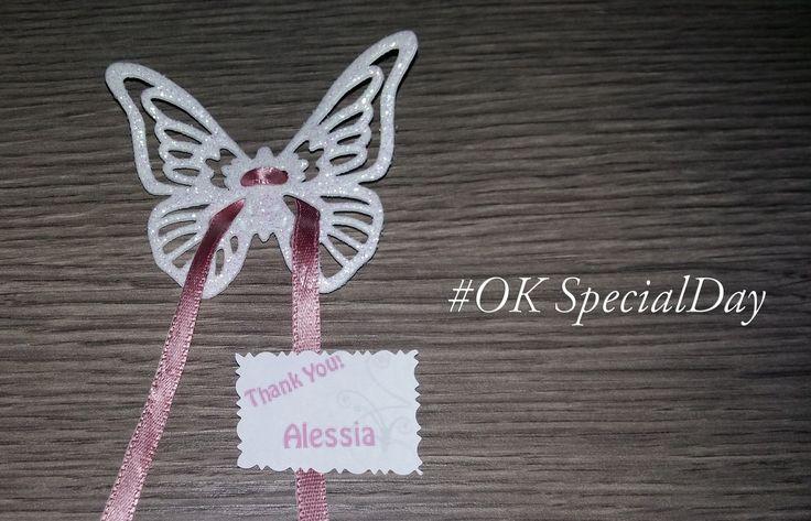 SEgnaposto, farfalla in gomma crepla glitter con targhettina personalizzabile #segnaposto #segnaposti #farfalla #butterfly #glitter #matrimonio #evento #oksecialday #specialday #rosa #mariage #bigday #tnx #sposi #nozze #artigianato