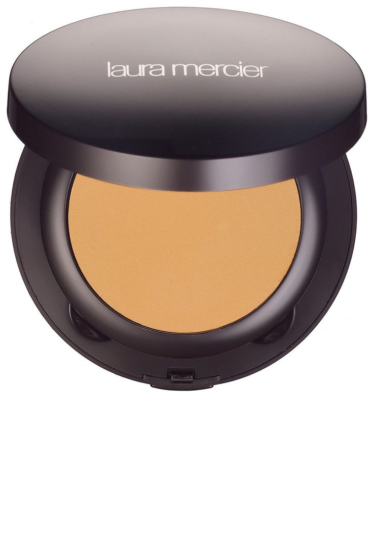 The 17 Best Powder Foundations - HarpersBAZAAR.com