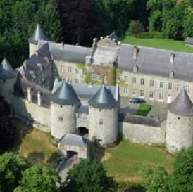 It has been said for centuries that the land of Belgium has been the best kept secret of Europe. Though it is a tiny country, it offers ample fun and activities to keep a couple engaged in their honeymoon- especially a couple with good appetite