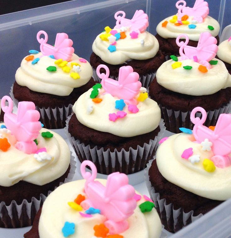17 Best images about Baby Shower Cupcakes on Pinterest ...