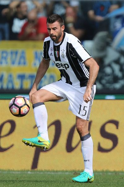Andrea Barzagli of Juventus FC in action during the Serie A match between Empoli FC and Juventus FC at Stadio Carlo Castellani on October 2, 2016 in Empoli, Italy.
