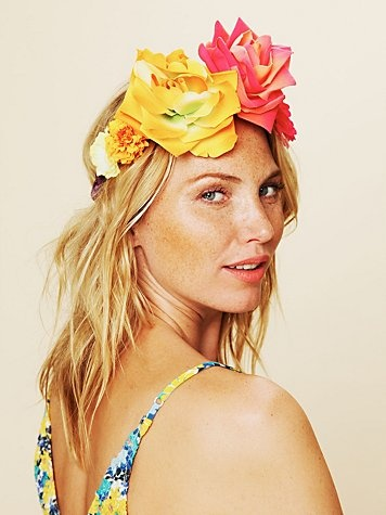 Well this is stinkin' fun! Not seventy-eight dollars worth of fun, but fun enough to make out of Michael's flowers!: Michael S Flowers, Flower Crowns, Floral Headdress, Flower Headdresses, Braided Headdress
