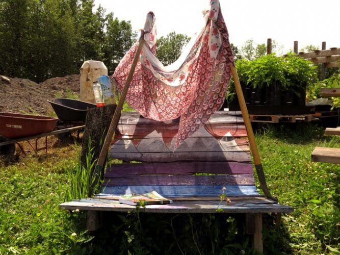 A Sudden Inspiration idea for shading. 3 Shovels + a Shawl  #gardenshadeideas #garden #Upcycled #upcyclingideas #Upcyclingpallets #handmade #sustainabledesign #ecodesign #montreal #valhallamovement