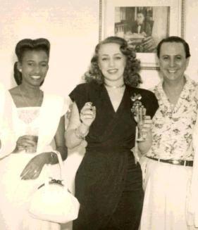 El Blog del Forista El Compañero: FOTOS DE CUBA ANTES DE LA REVOLUCION Celia Cruz y Rosita Fornés