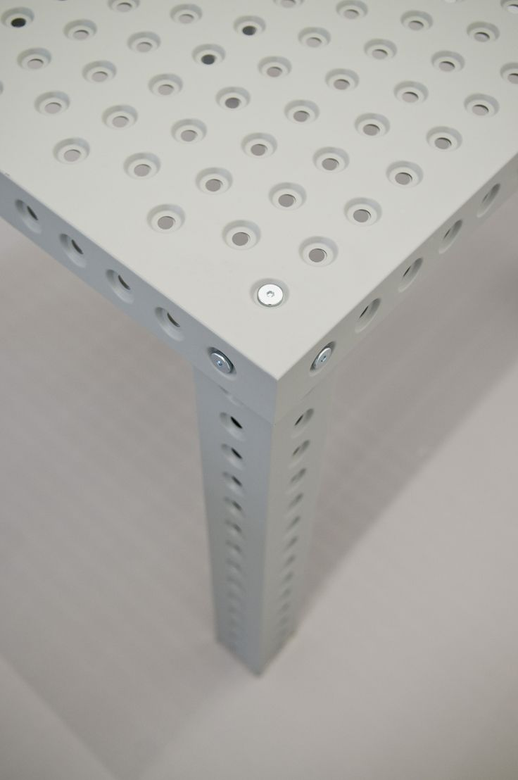 RUTTKOWSKI;68 Gallery, Köln. 3+ TABLE https://shop.zieta.pl/pl,p,27,100,_table.html