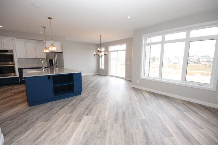 Open concept, large island, natural light, great room