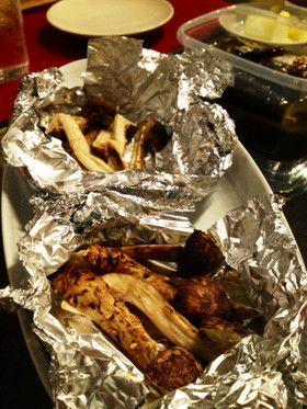 松茸を味も香も閉じ込めホイル焼き☆2種類 by ☆にわなおみ☆ [クックパッド] 簡単おいしいみんなのレシピが250万品