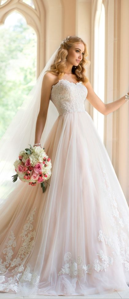 why is it that wedding dresses always make me cry <3 so beautiful #Stunning