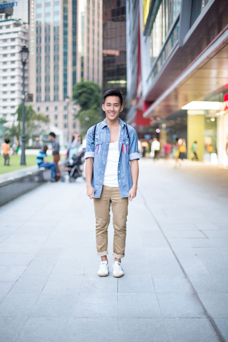 SHENTONISTA: Ready For The Weekend. Nicholas, NSman, Pants from Uniqlo Kids, Bag from H&M, Shoes from Onitsuka Tiger. #shentonista #theuniform #singapore #fashion #streetystyle #style #ootd #sgootd #ootdsg #wiwt #popular #people #male #female #menswear #hnm #onitsukatiger #uniqlo