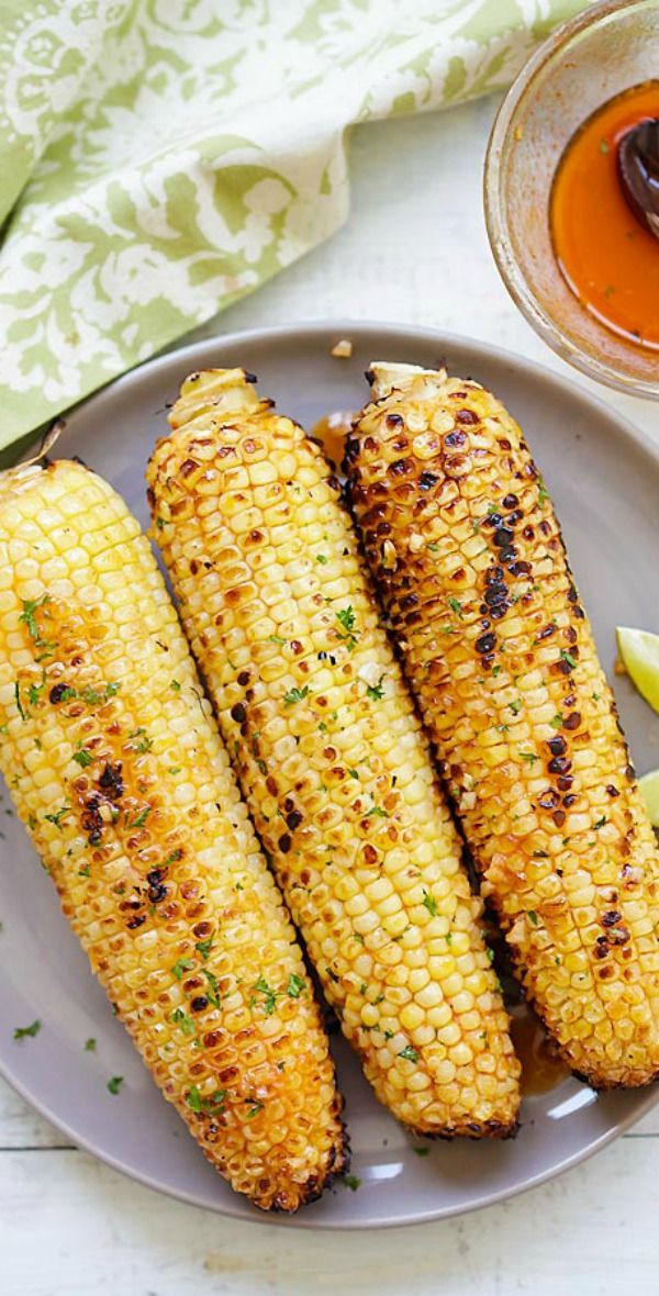 Honey Sriracha Butter Grilled Corn – buttery, sweet and slightly spicy grilled corns with honey sriracha butter. So easy and so good! | rasamalaysia.com