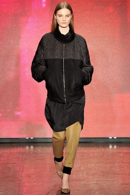 FALL 2013 READY-TO-WEAR DKNY