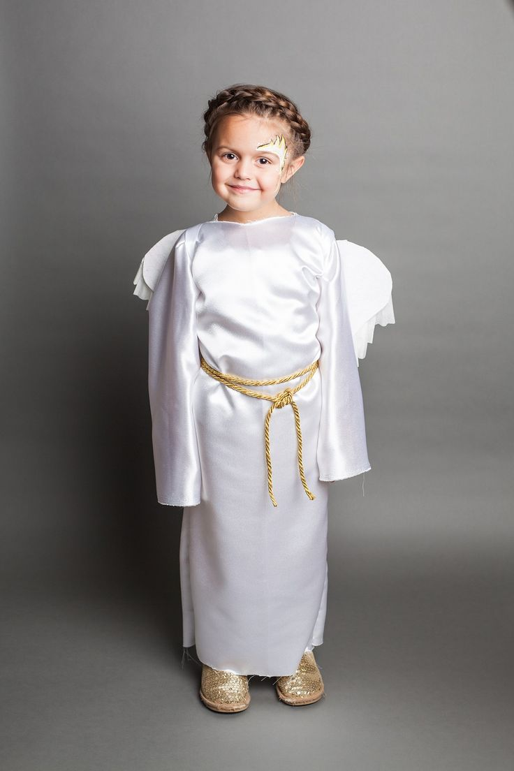 DIY: Make these easy Nativity Angel Robes in 30 minutes or less ~ VeryJane Blog